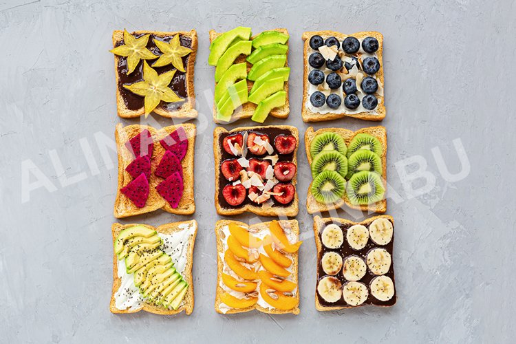 Summer sandwiches with fresh fruits