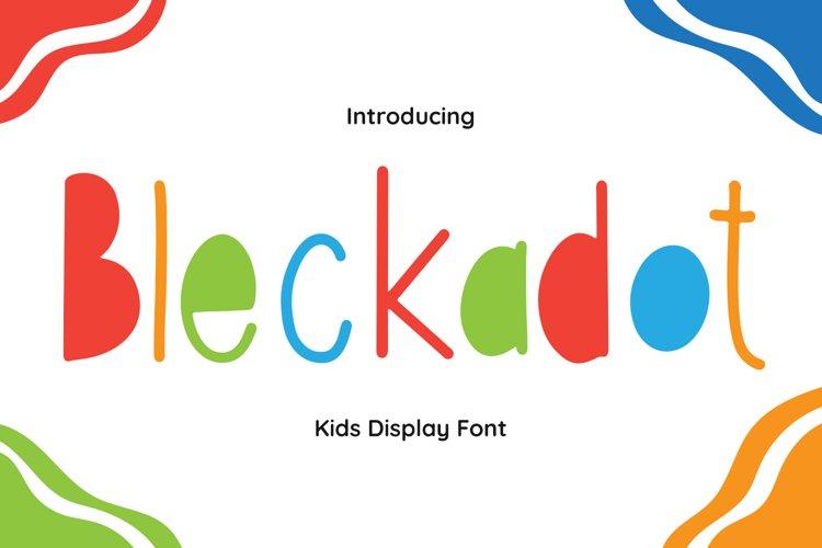 Bleckadot Font example image 1