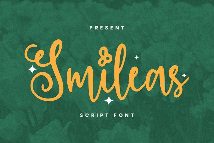 Smileas Font example image 1