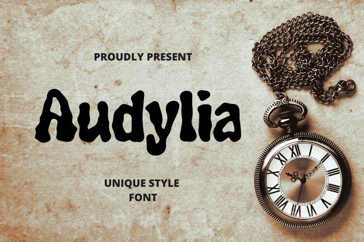 Audylia Font example image 1