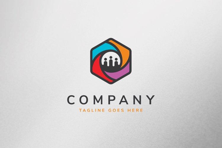 Social Cube Logo Template