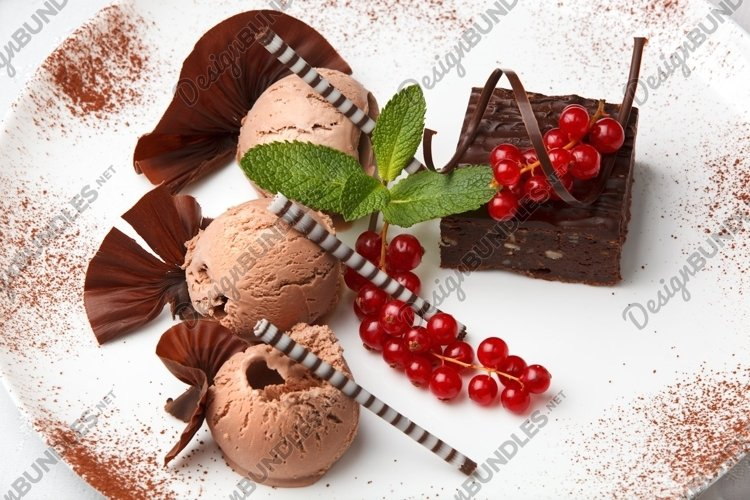 Delicious chocolate dessert example image 1