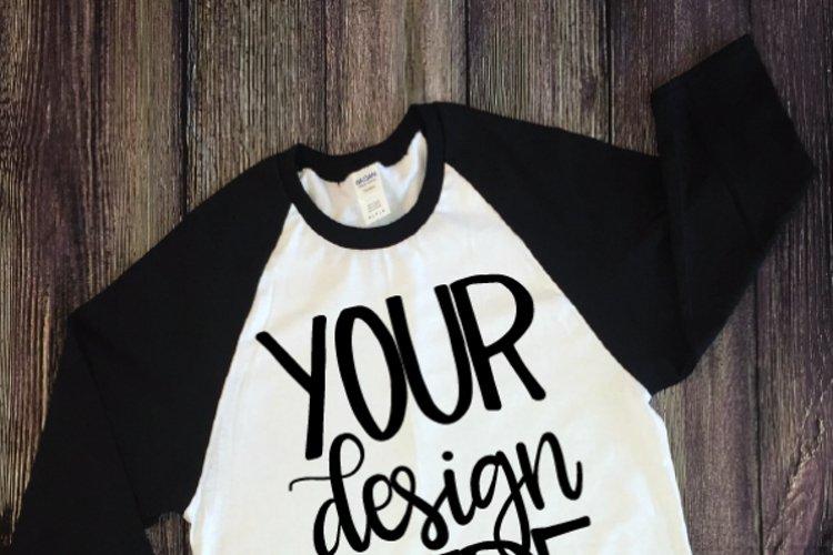 Shirt Mockup - Outfit Mockup - Mockup Adult Raglan Shirt