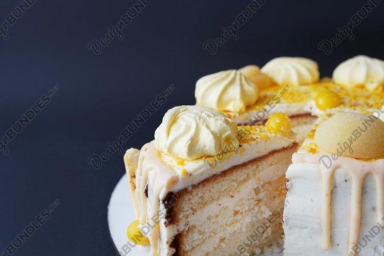 Sweet homemade vanilla biscuit cake with cream example image 1