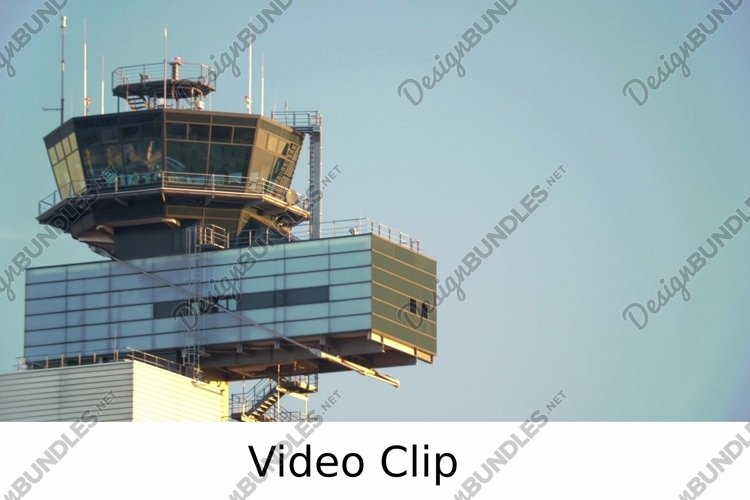 Video: Airport traffic control tower