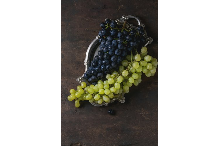 Bunches of red and white grapes example image 1