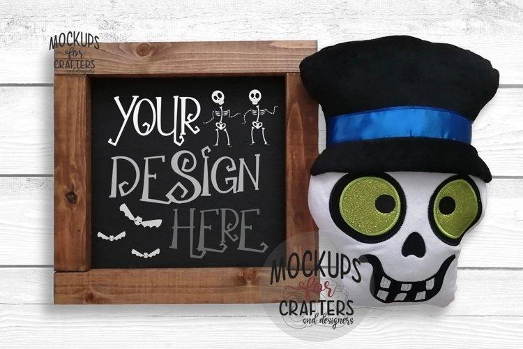 Wood Sign Mock-Up - Halloween theme - Dollarama Stuffie