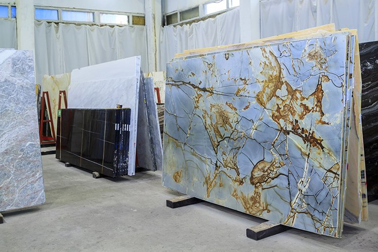 Colorful Quartzite slabs in store show room