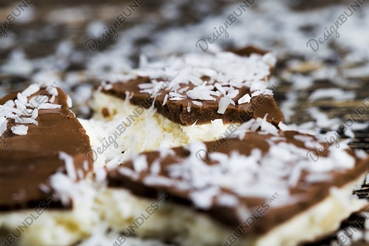chocolate white sugar filling example image 1