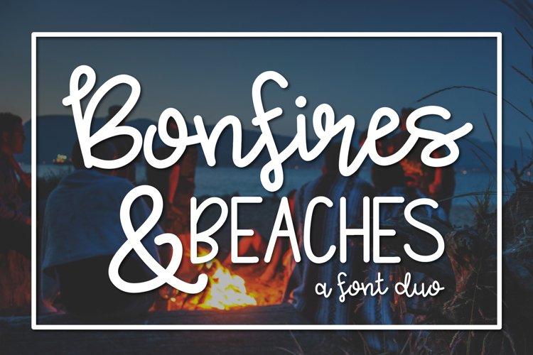 Bonfires & Beaches a Font Duo