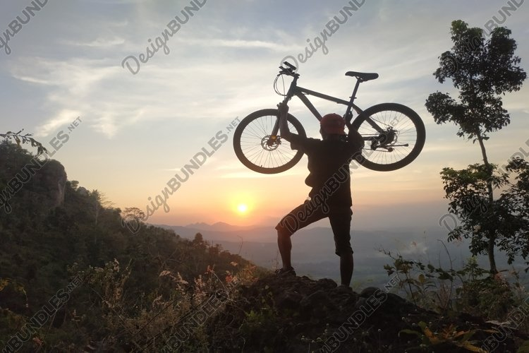 silhouette of natural scenery in the mountains of a man lift