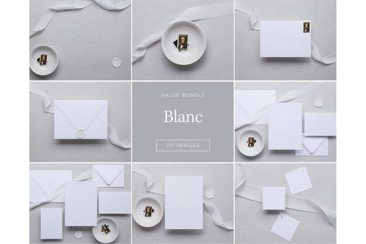 Blanc Bundle - 20 Images