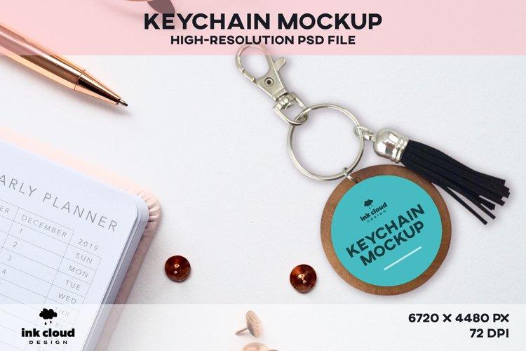 Wood Round Keychain PSD Mockup Template Photoshop Key Ring