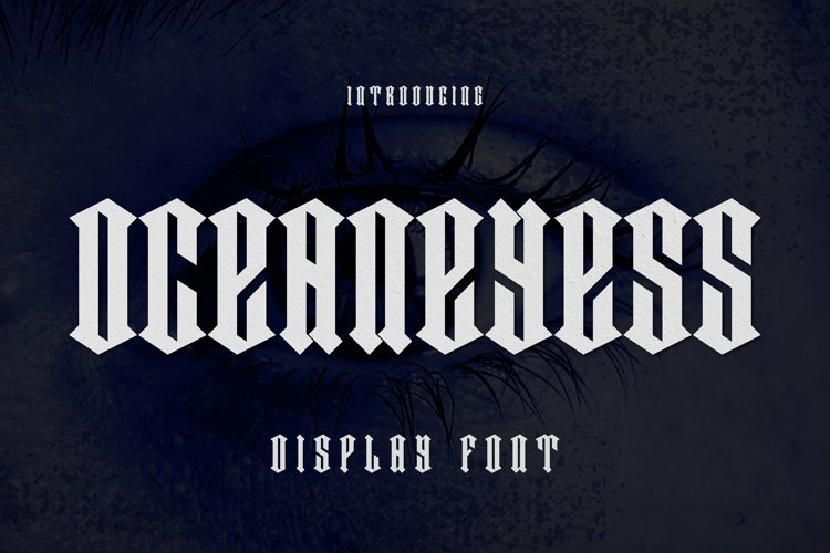 OCEANEYESS Font example image 1