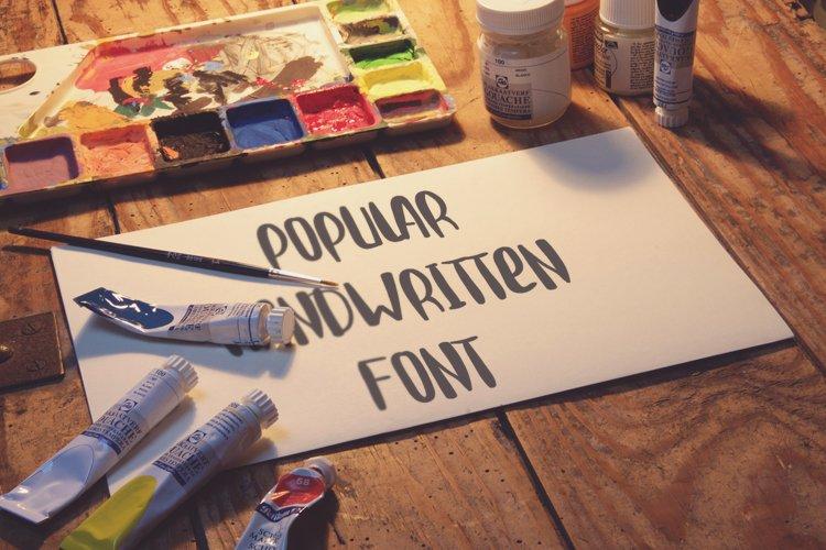 Popular handwritter decorative script