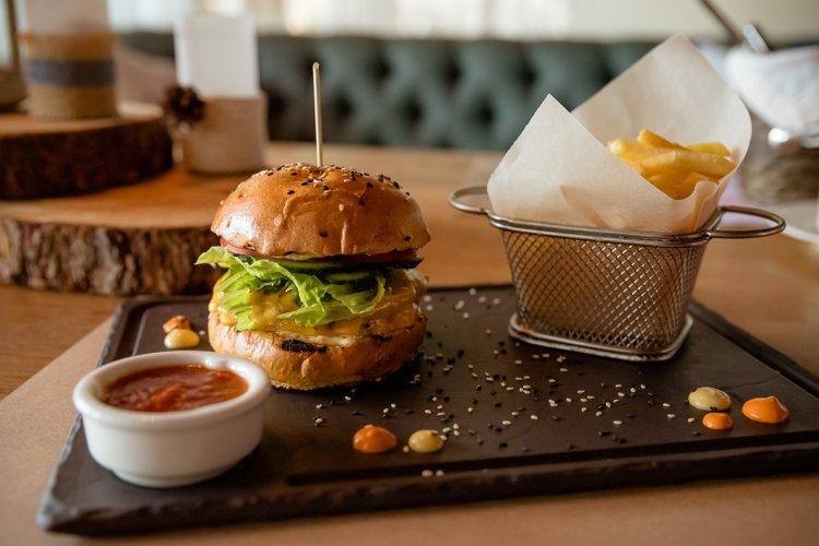 Fast food dinner consisting of hamburger example image 1