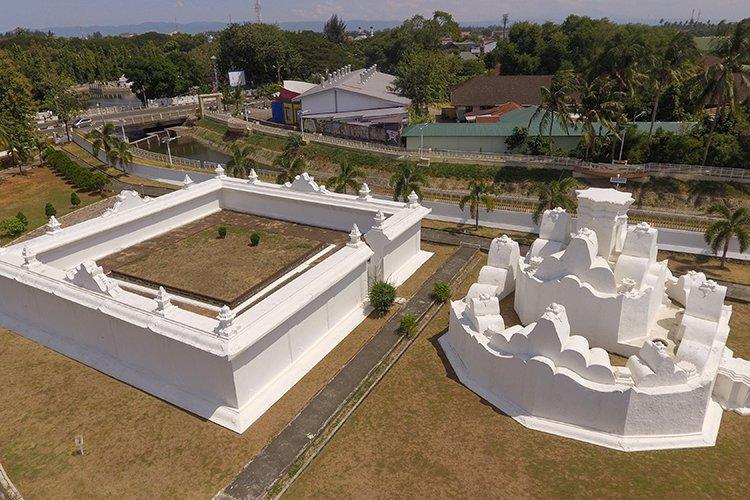 Gunongan Landmark in Banda Aceh City Indonesia example image 1