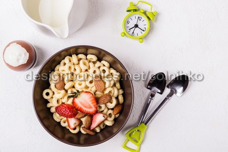 Balanced traditional breakfast