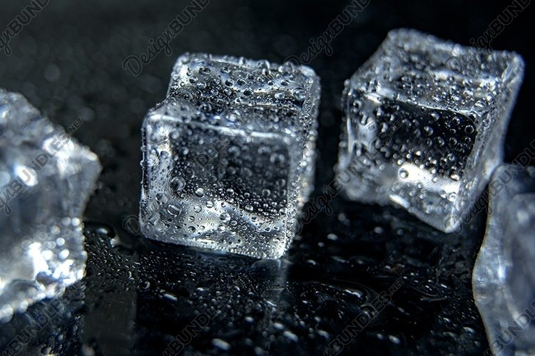 Ice cubes example image 1