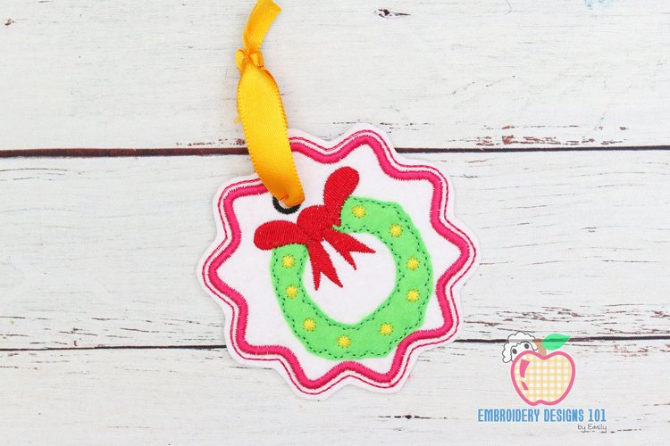 Christmas Garland Ornament Embroidery