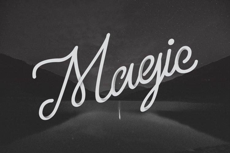 Larquette Typeface example 2