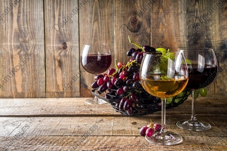 Glasses with wine example image 1