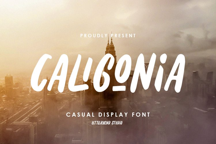 Caligonia - Casual Display Typeface example image 1