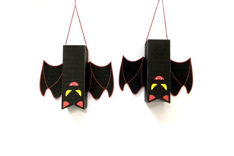 DIY Halloween Bat favor - 3d papercraft example image 1
