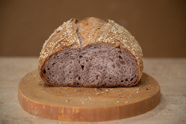 unusual craft bread with lilac-colored pulp