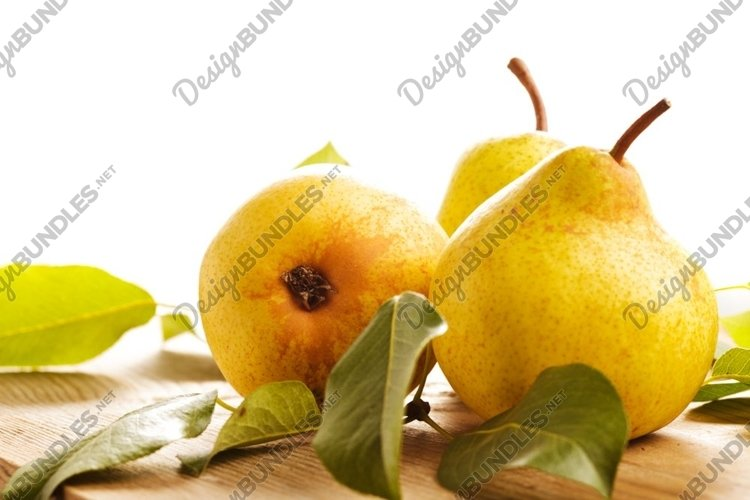 Ripe pears example image 1