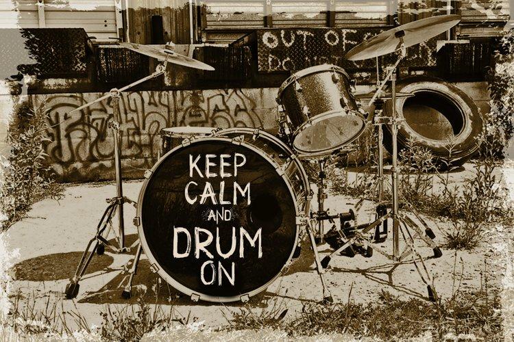 Drum. Handmade brush display font  example 2