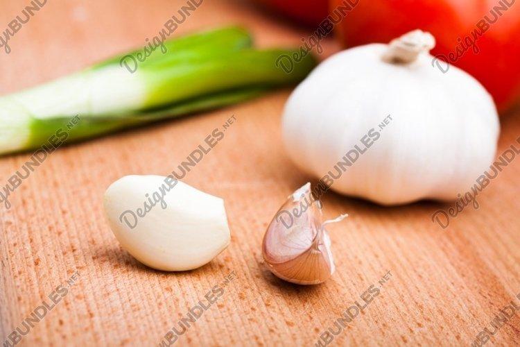 Garlic on hardboard example image 1