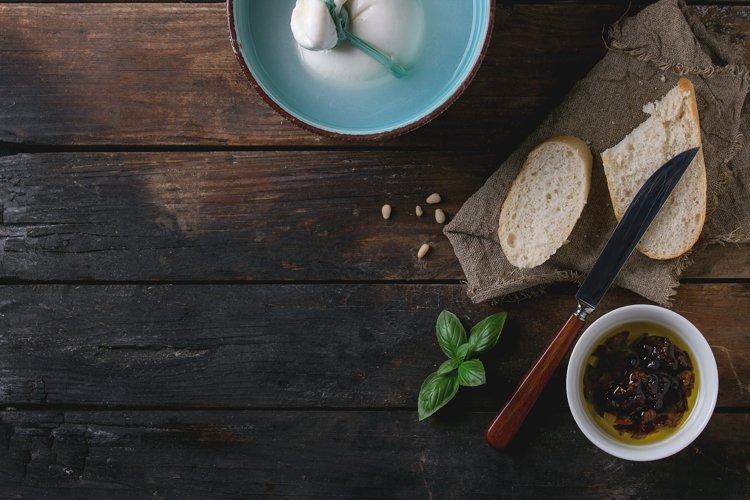 Italian cheese burrata example image 1