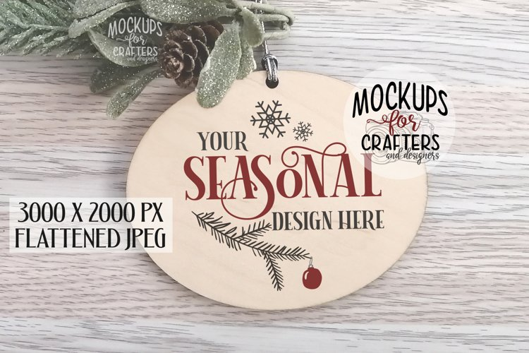Oval wood Ornament/Tag, Mock-Up example image 1