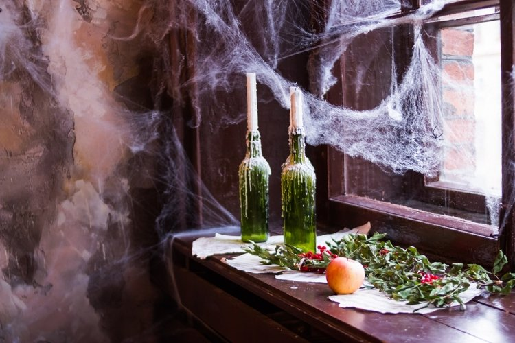 set with halloween decorations example image 1