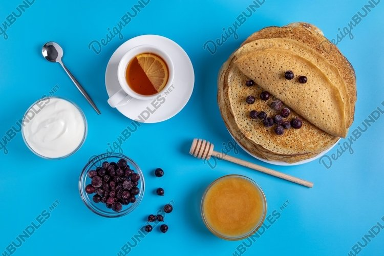 Blini - Russian national food and dessert example image 1