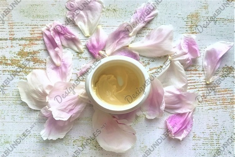 Body cream & peony petals example image 1