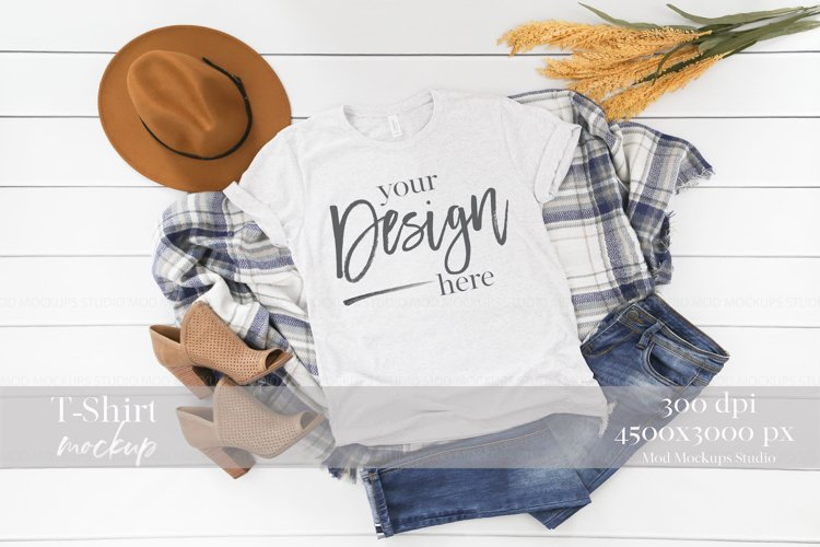 TShirt Mockup WHITE FLECK TRIBLEND | 3413 Bella and Canvas