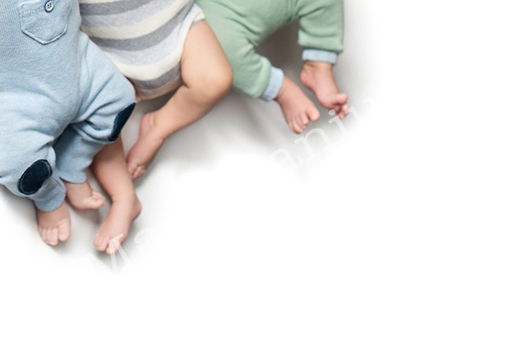 feet of twins newborns, brother sister, multiple pregnant example image 1