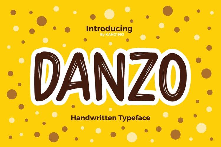 Danzo Typeface example