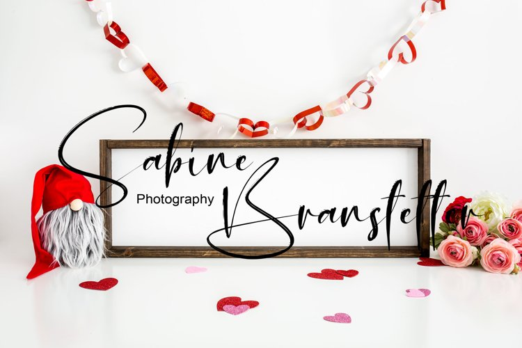 Mockup - Horizontal Wood Sign, Valentines Day Photography