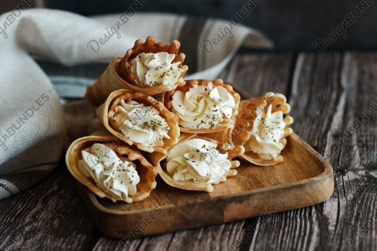 Russian waffles with cream cheese