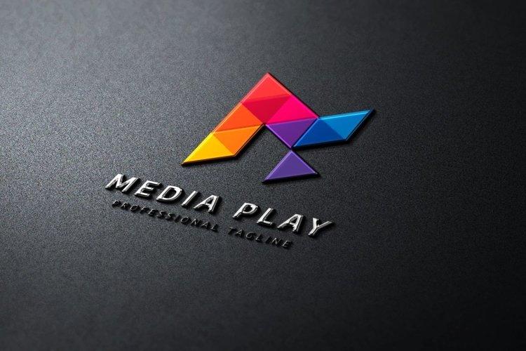 Media Play Logo example image 1