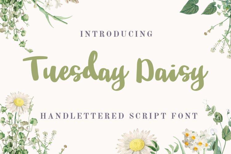 Tuesday Daisy - a beauty script font