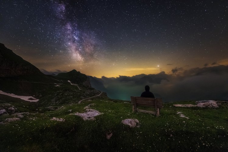 Watching the Milky Way example image 1