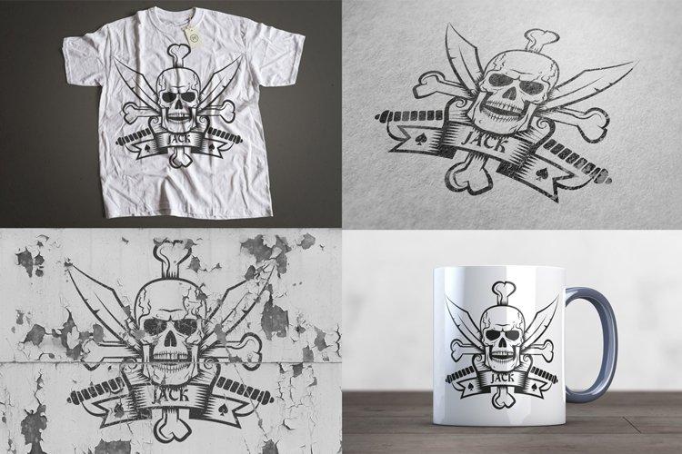 Jolly Roger bones & sabers example 2