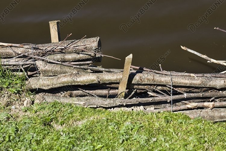 Primate wooden fortifications example image 1