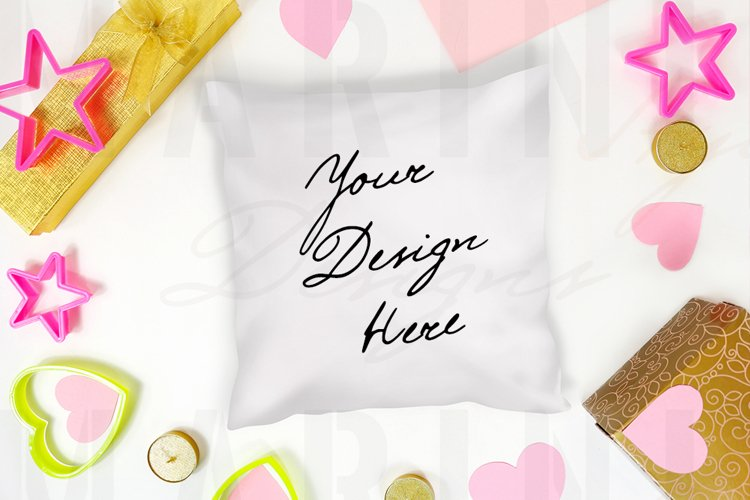 Valentines day pillow mockup, White pillow PSD mockup 1178