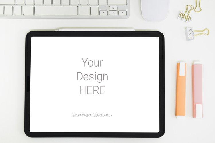 Tablet iPad Pro Mockup example image 1
