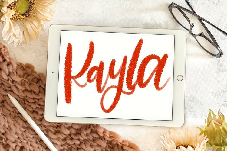 Kayla - A textured lettering brush for Procreate example